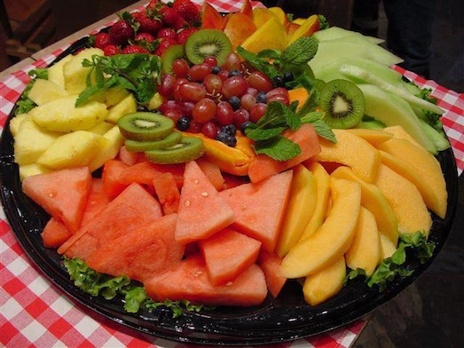 """""""What's missing that would make this a Persian fruit-bowl?"""" From the Facebook group """"You know you're Persian if…"""""""