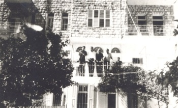 Israel is telling the Palestinians, the Haifa that you remember exists only in your minds. A palestinian house in Wadi Nisnas, Haifa, prior 1948