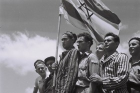 Holocaust survivors arrive in Israel